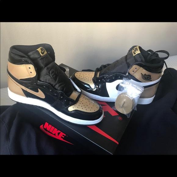 newest c2669 a7d92 Air Jordan 1's Top 3 Gold NWT
